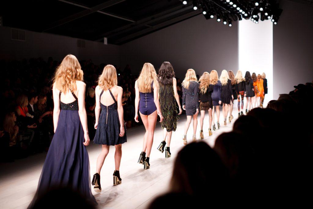 Fashion Catwalk AR
